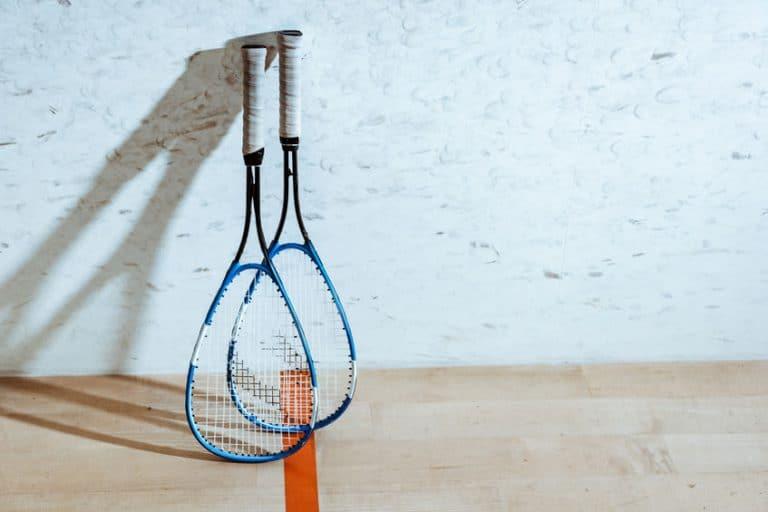 squashrackets op de baan