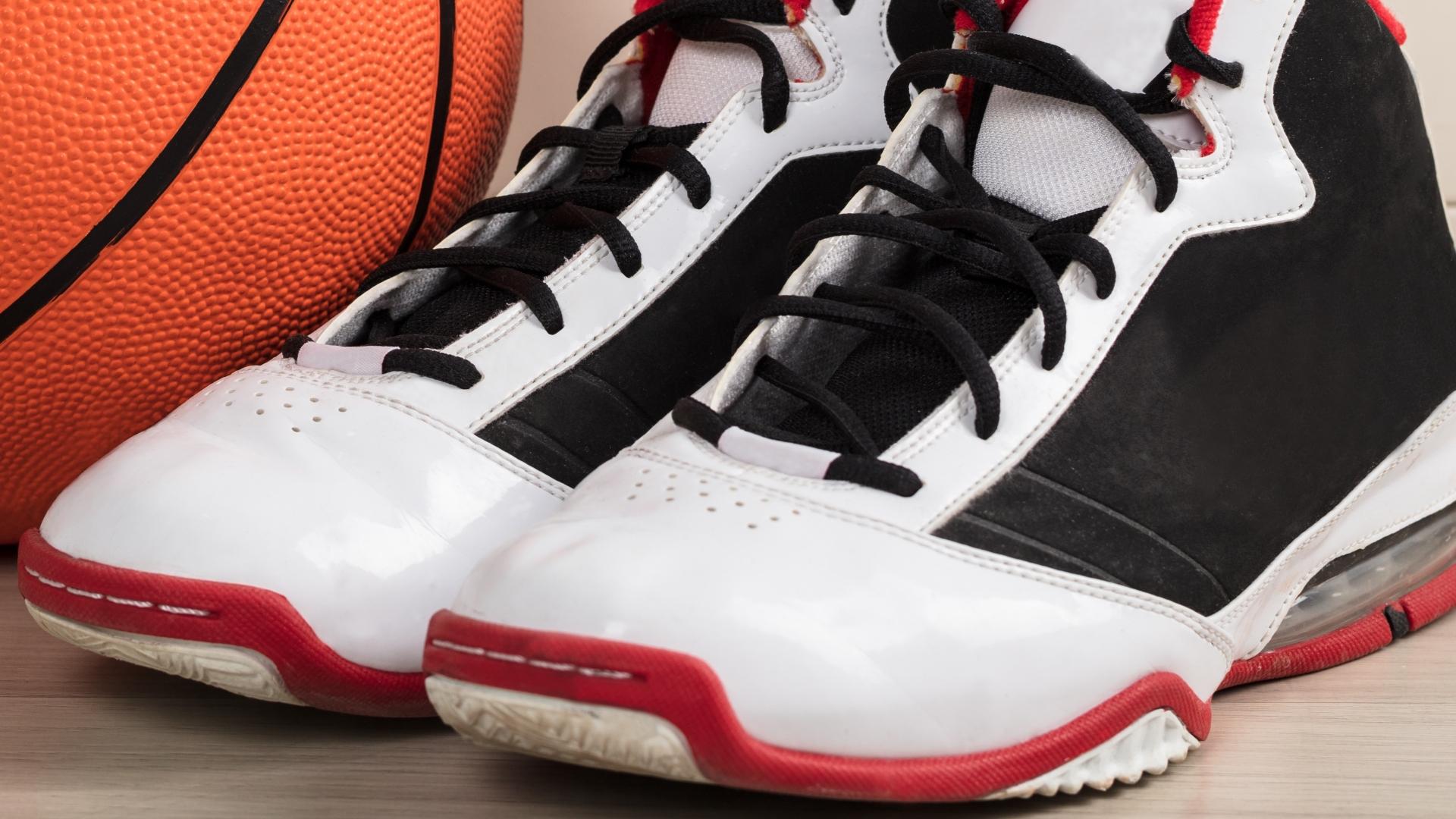Basketbalschoenen: Wat zijn de beste basketbalschoenen van 2021?