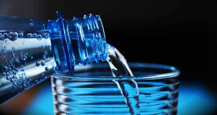 Nahaufnahme Wasserflasche